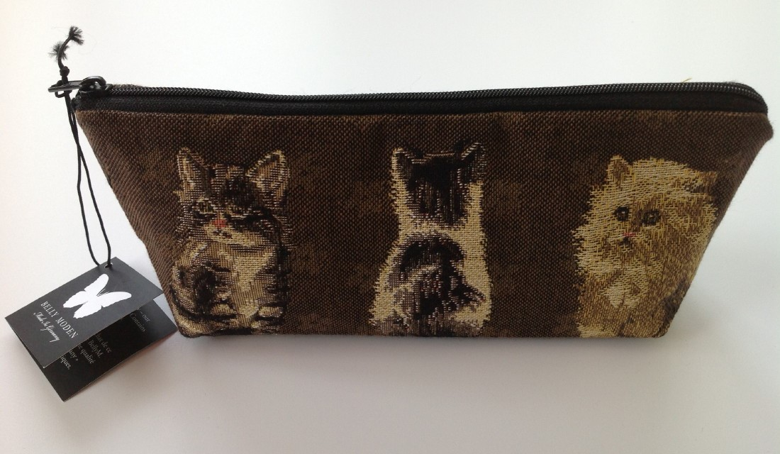 Belly Moden Minou Design Zipped Wash Bag